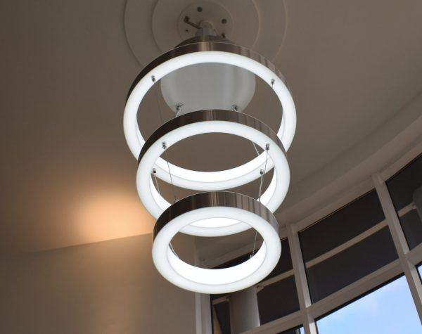 Bespoke commercial lighting feature